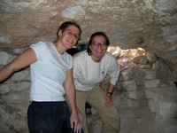 Tammy_and_Ellen_spelunking