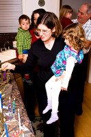 Hanukkah party at Saba ve Savta_s house_0874