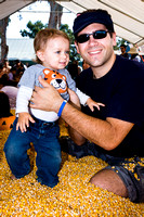 Both -- At the pumpkin farm with Geffen_6315